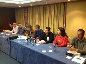 Representantes de ocho sindicatos de sanidad, educación, justicia y funcionarios